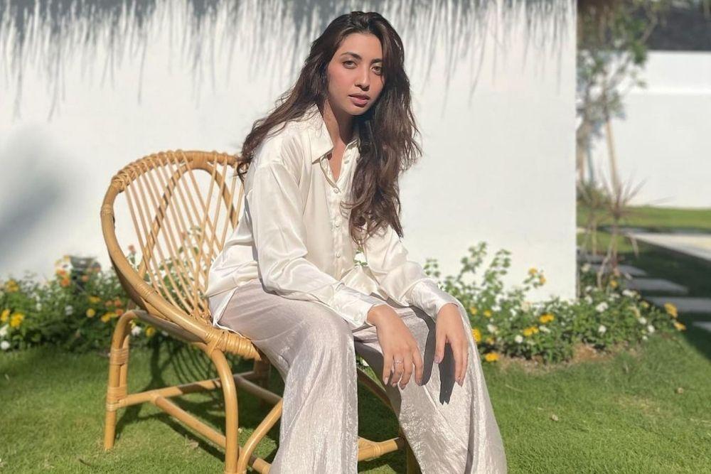 Potret Vicky Alaydrus, Sahabat Rachel Vennya yang Kini Lepas Hijab