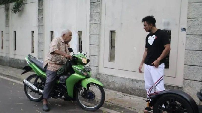 Dituduh Mempermalukan Kakek Suhud, Ini Klarifikasi Baim Wong