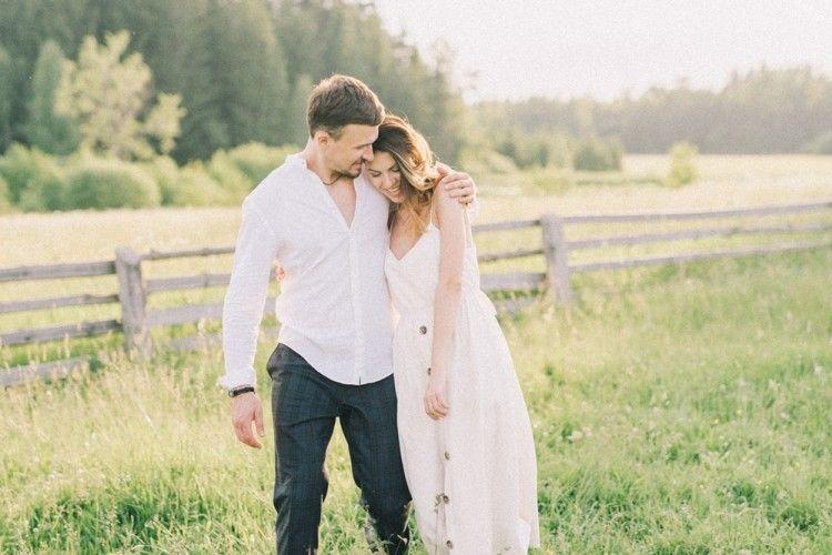 Penuh Cinta, Ini 6 Zodiak Pria yang Perlakukan Pasangan Seperti Ratu