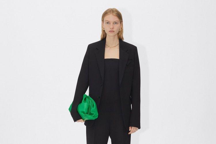 #PopbelaOOTD: Ciptakan Gaya a La Perempuan Elegan dengan Blazer Ini