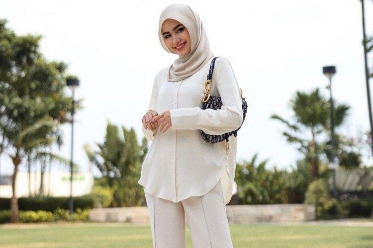 Tips & Trik Memilih Fashion Hijab Sesuai Bentuk Tubuh