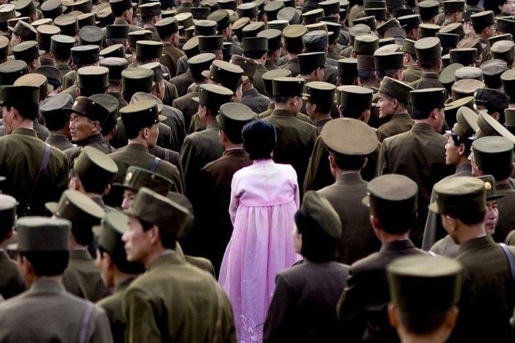 Paranoid Parah, 15 Foto Ini Dilarang Korea Utara dengan Alasan Konyol