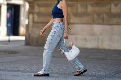 Model Celana Jeans Perempuan Terbaru Lagi Hits